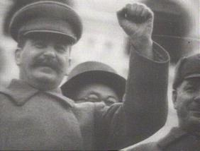 [IMG]http://img.freeforumzone.it/upload/351393_stalin.jpg[/IMG]